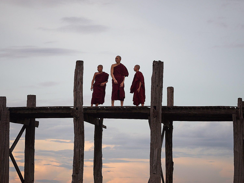 Munker i Mandalay - Foto: Geir Ertzgaard